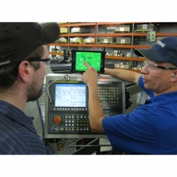 Fastenal Builds the Future of Manufacturing with MachineMetrics