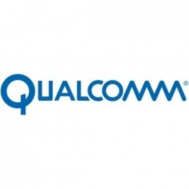 Qualcomm Wireless Reach Helping High School Correspondence